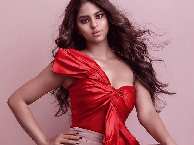 twitter outraged as vogue india picks srk s daughter for cover