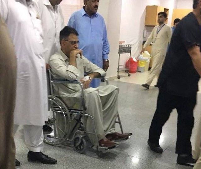 pti leader shifted to hospital after suffering injuries to his back photo twitter sohailwalipti