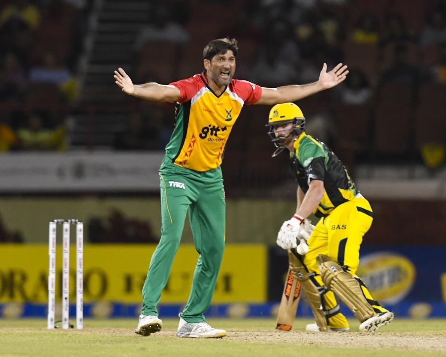 sohail tanvir fined 15 match fee for obscene gesture