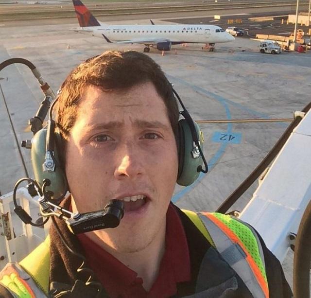 seattle plane stolen by airport worker found destroyed