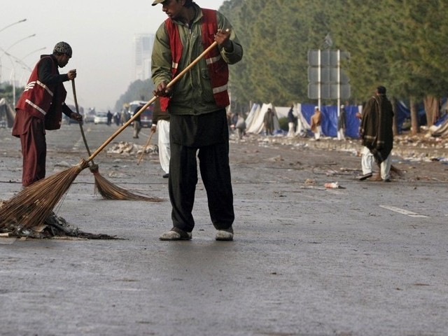 sanitary workers stage protest against lack of manpower