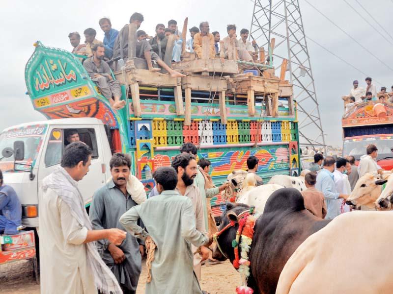 exodus of migrant workers leaves capital deserted