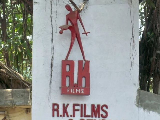 kapoor family unanimously decide to sell rk studio