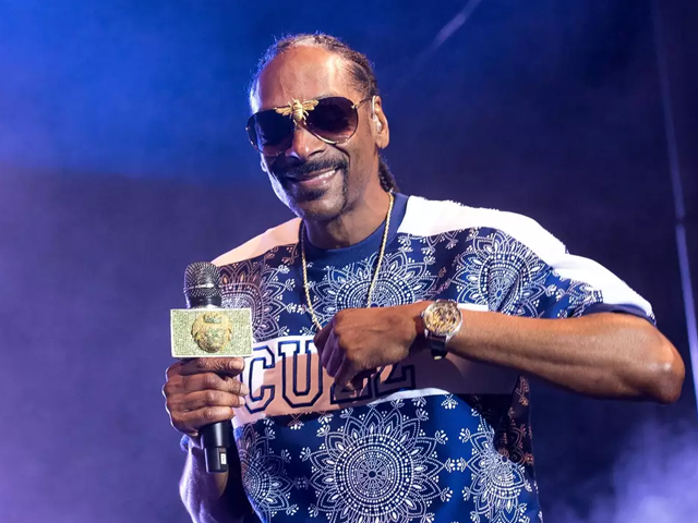 snoop dogg to release his first cookbook
