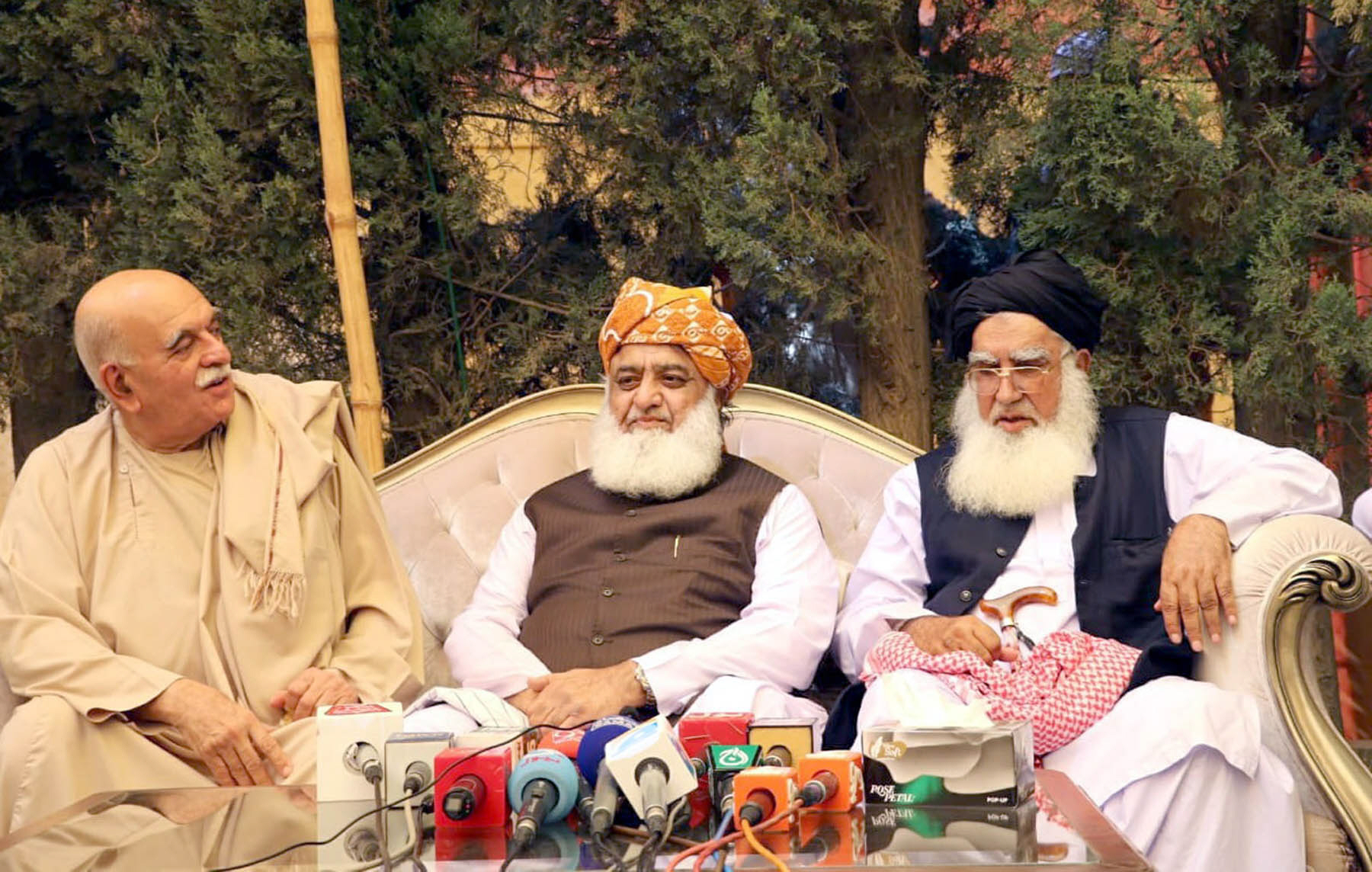 pkmap chief mehmood khan achakzai and jui f chief maulana fazlur rehman address a joint press conference in quetta photo express