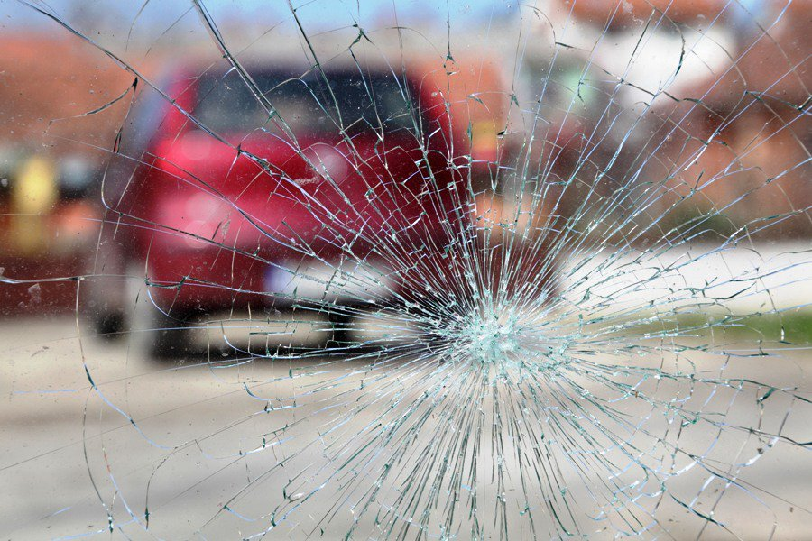 reckless driving traffic accident claims lives of eight members of a family