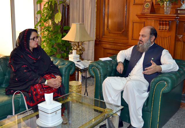 Balochistan Chief Minister Jam Kamal Khan exchanges views with Federal Minister for Defence Production Zubaida Jalal at the CM Secretariat in Quetta. PHOTO: EXPRESS