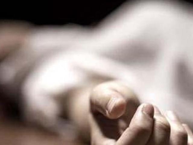 man murders wife stepdaughter in faisalabad