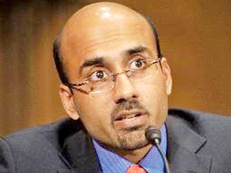 iba karachi cancels dr atif mian s lecture after getting threats from extremists
