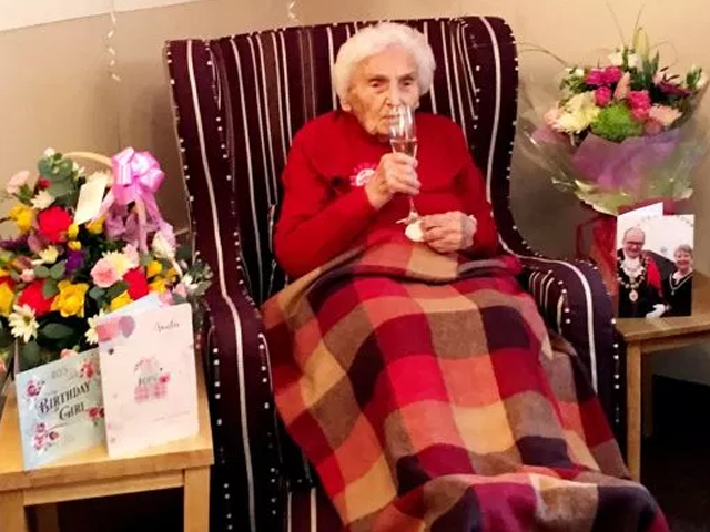 105 year old british woman reveals secret to long life is being single