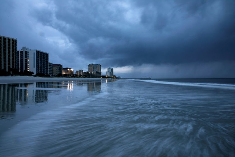 rain begins to fall as the outer bands of hurricane florence make landfall in myrtle beach south carolina   photo afp