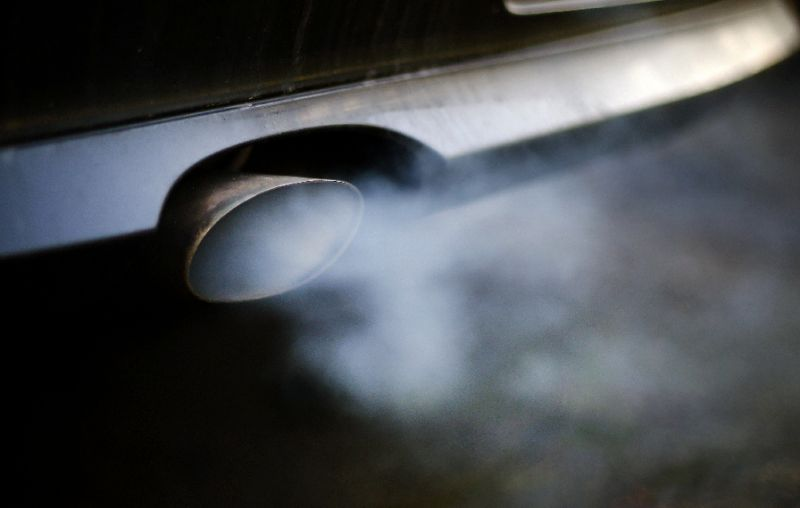 air pollution linked to higher risk of dementia study