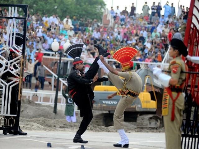 india to launch radio service to counter radio pakistan s cross border reach