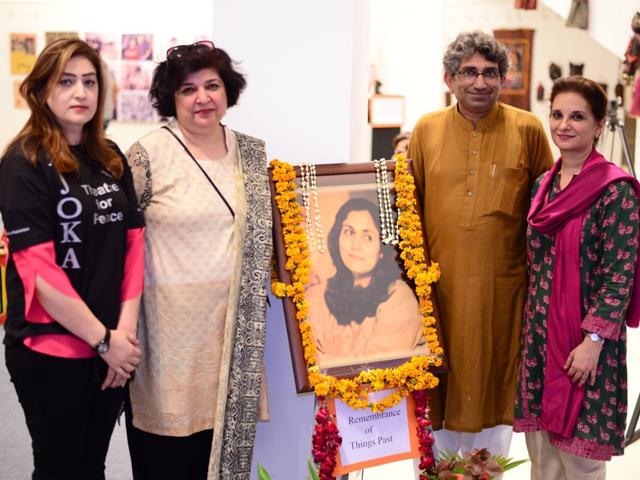 madeeha gauhar theatre festival kicks off with three day exhibition