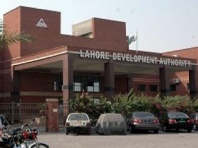 lda retrieves 25 kanals of land in johar town