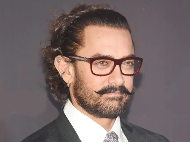 aamir khan steps away from film associated with alleged sexual harasser