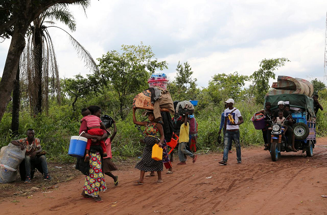 congolese migrants return home angola denies claims of migrant crackdown
