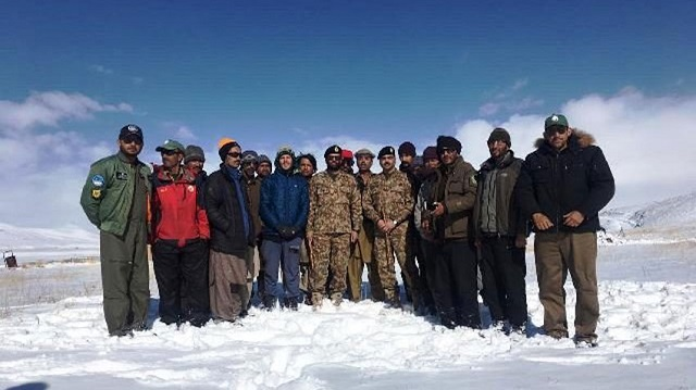 stranded deosai tourists rescued in army operation