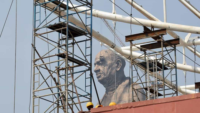 world s tallest statue set to be unveiled in india