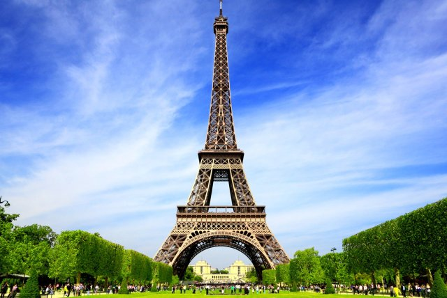 eiffel scholarship offers pakistani students higher education in france