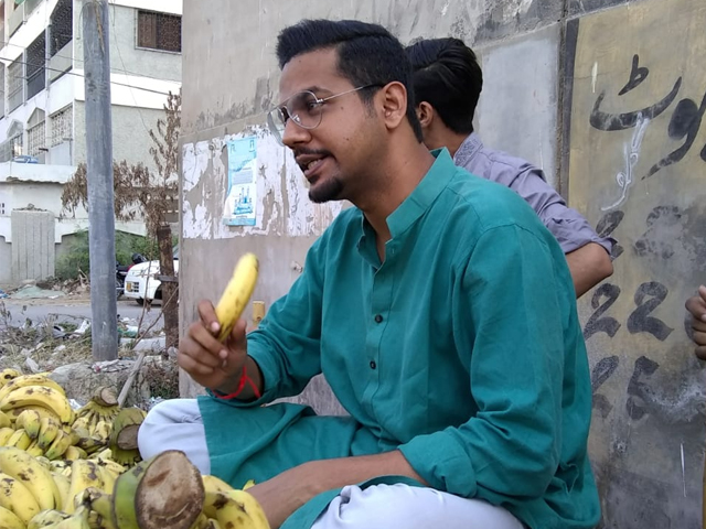 ali gul pir is stealing bananas in new video and it s hilarious