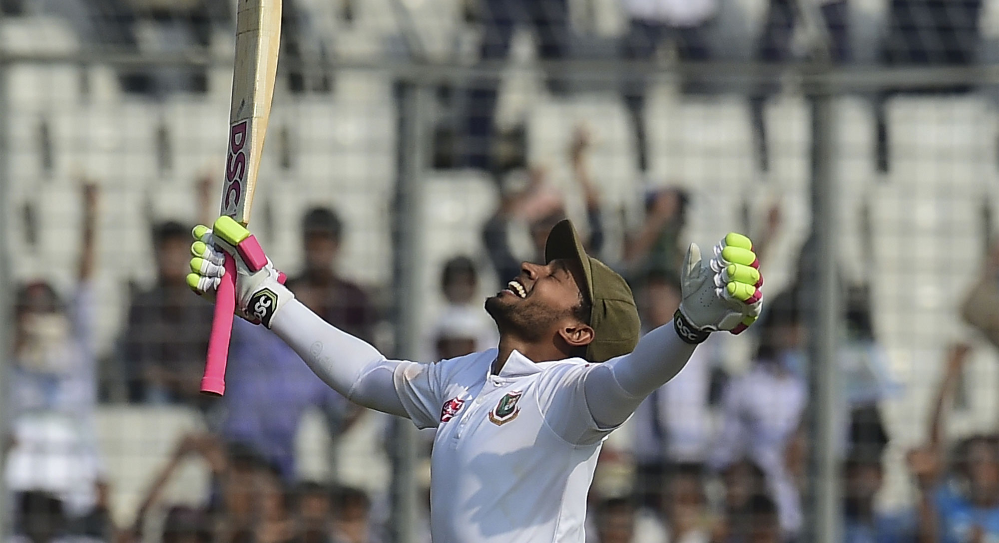 mushfiqur s record innings puts bangladesh on top