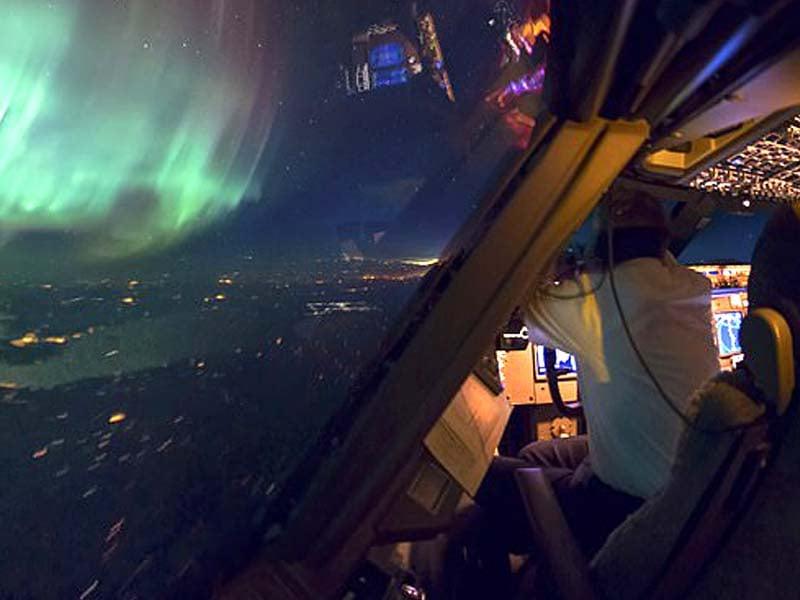 vantage point pilot captures stunning photos from cockpit