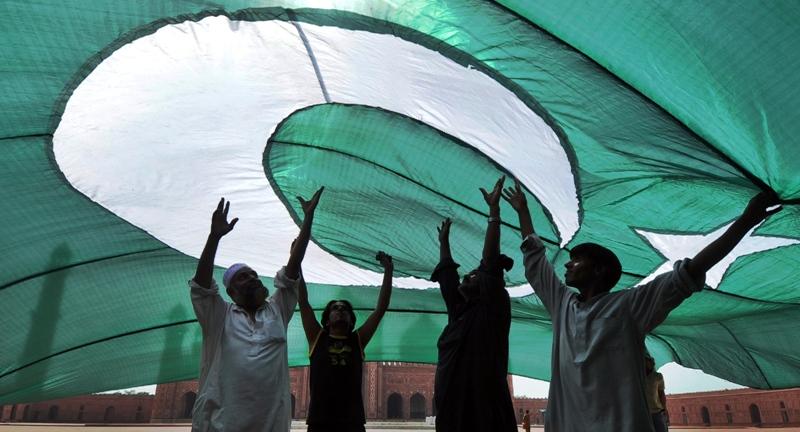 watch seventh graders talk tolerance in pakistan