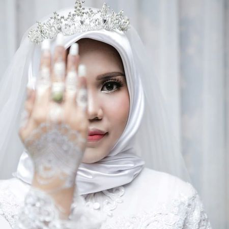 indonesian woman who lost fiance in lion air crash pleads for safe planes
