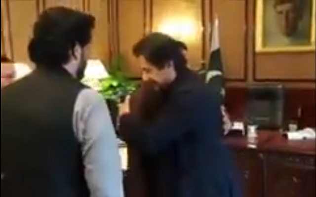pm imran meets martyred sp dawar s family
