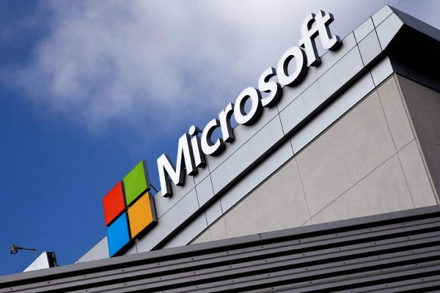 A Microsoft logo is seen a day after Microsoft's $26.2 billion purchase of LinkedIn, in Los Angeles, California, US, on June 14, 2016. PHOTO: REUTERS
