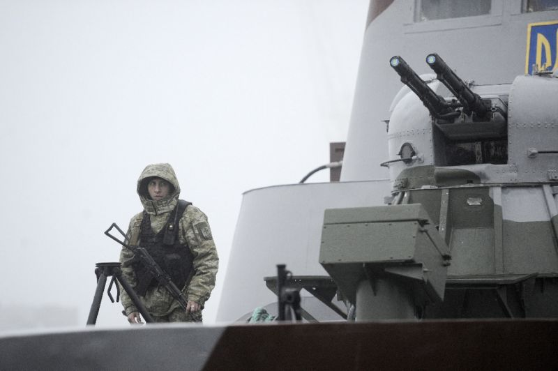 martial law in ukraine as trump threatens to cancel putin meet