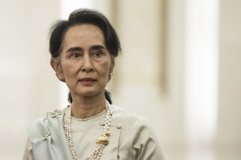 suu kyi to be stripped of freedom of paris award mayor s office