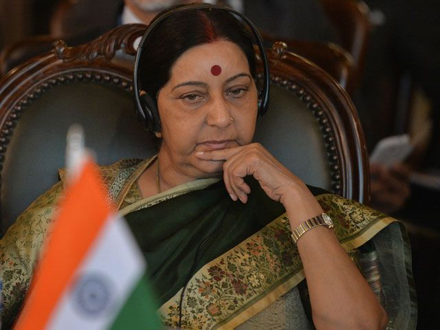 our ministers visited kartarpur to offer prayers sushma on googly remarks