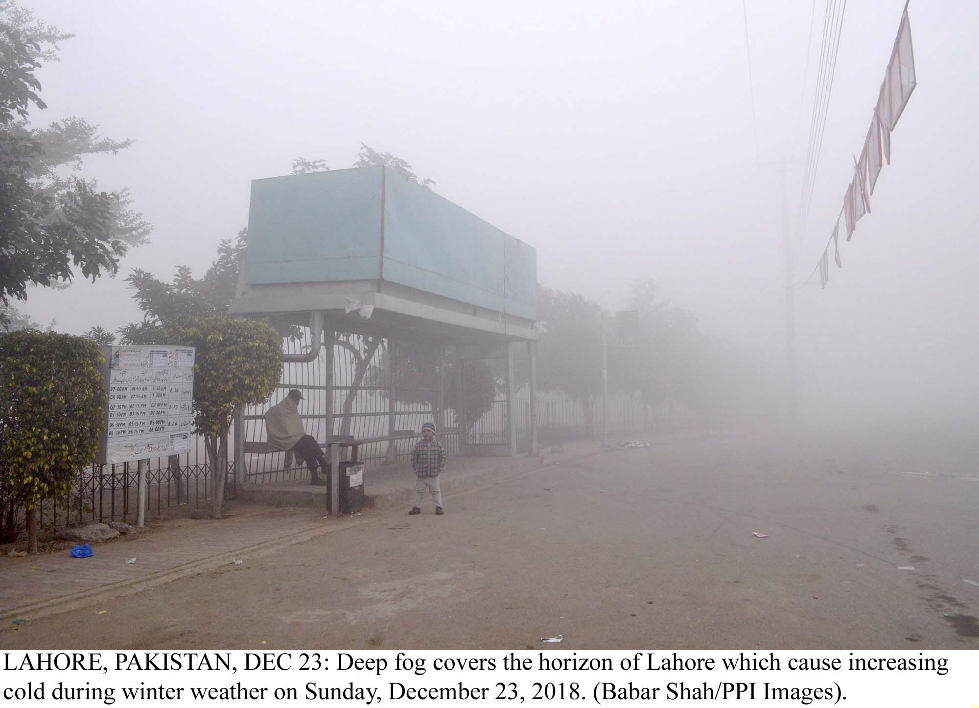 massive gridlock in city as fog disrupts movement across punjab