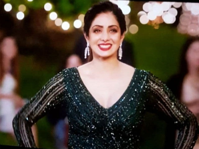 Fans React To Sridevi S Last Film Appearance In Zero The Express Tribune