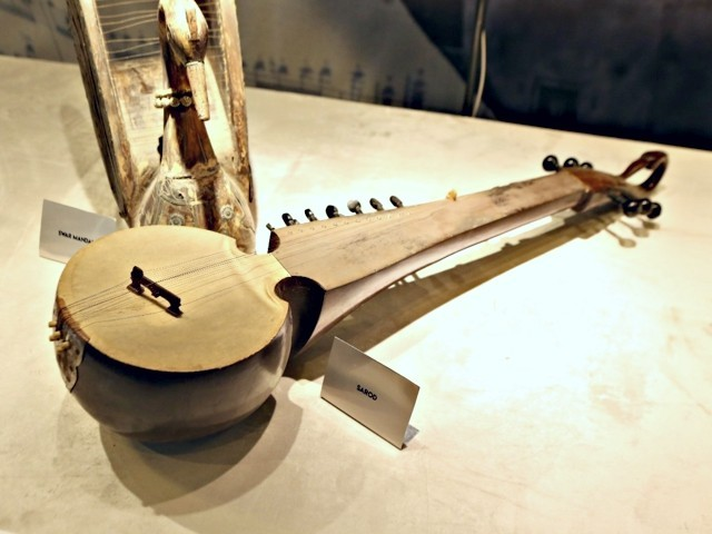 classical music discussion held on endangered instruments