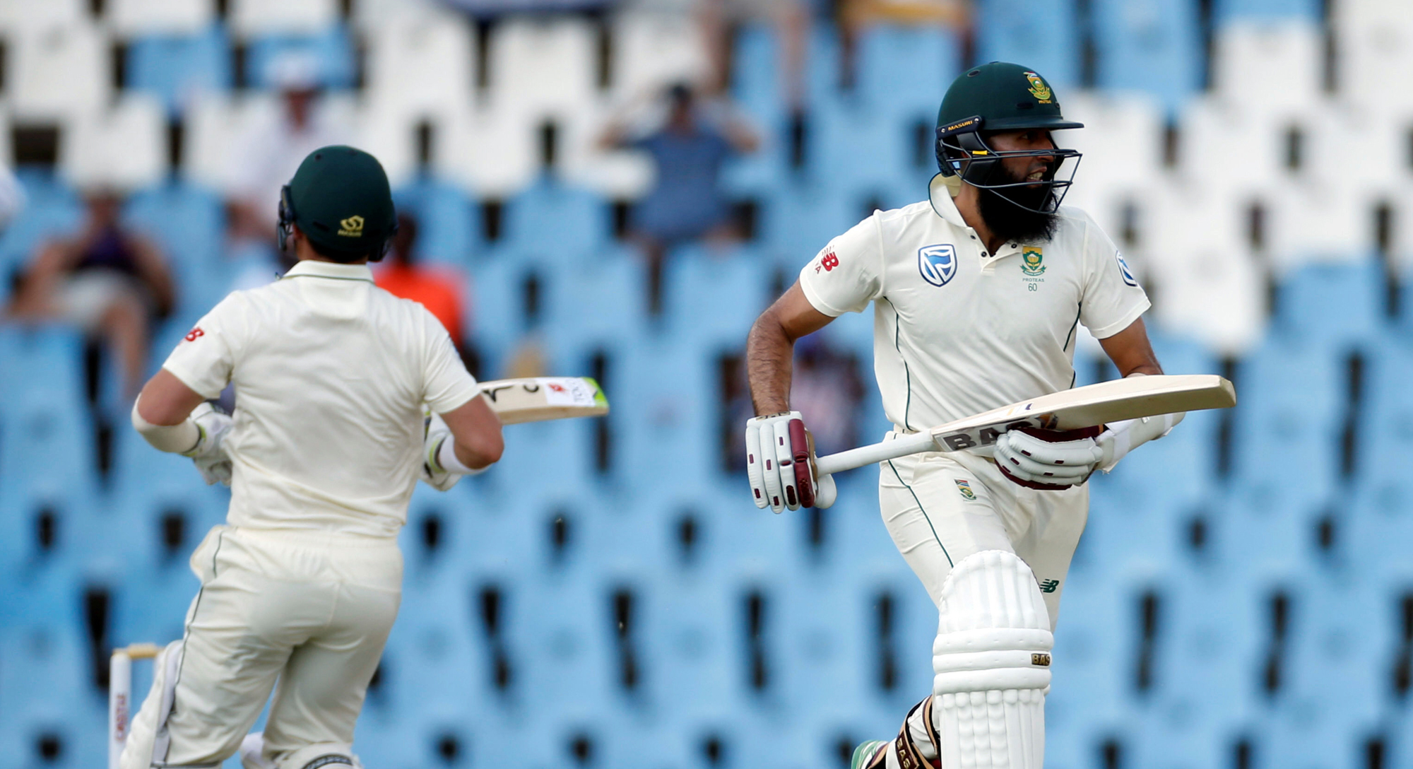 south africa down pakistan in first test by six wickets
