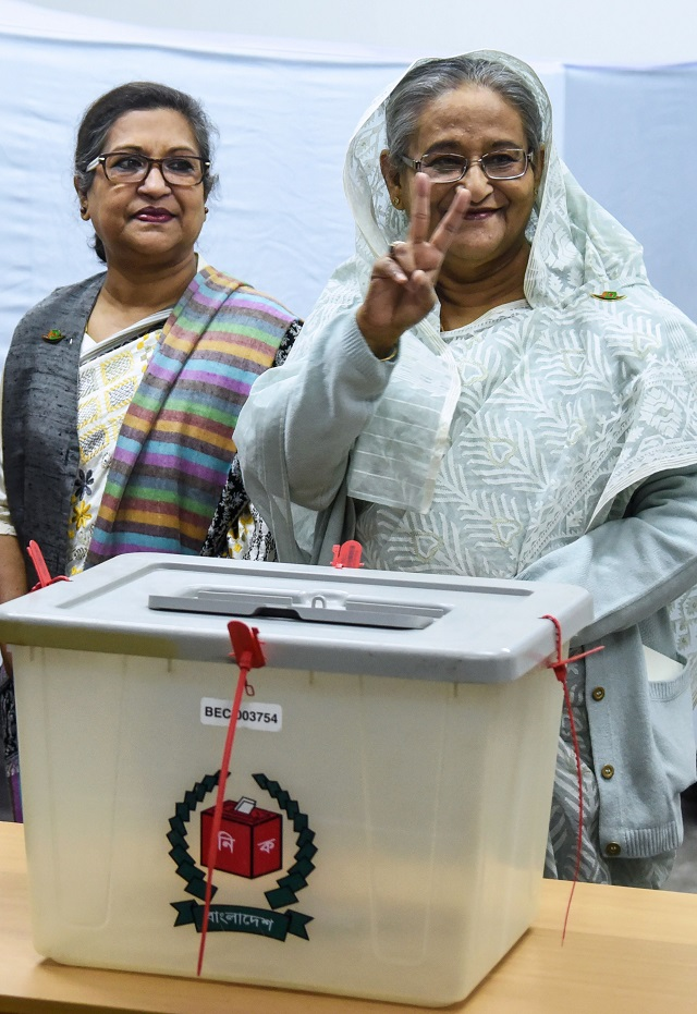 12 killed in bangladesh election day violence