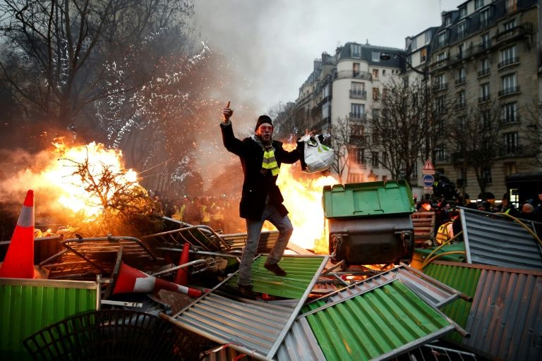 yellow vests storm french ministry as protests turn violent