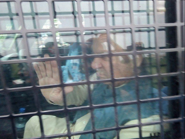 Nawaz being taken to and from Adiala jail.PHOTO: EXPRESS