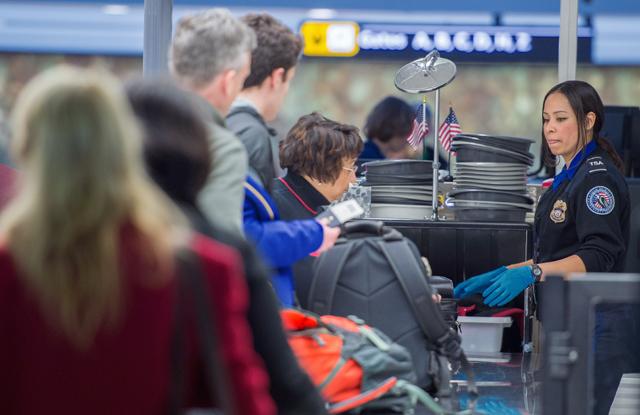 us shutdown stokes air safety fears