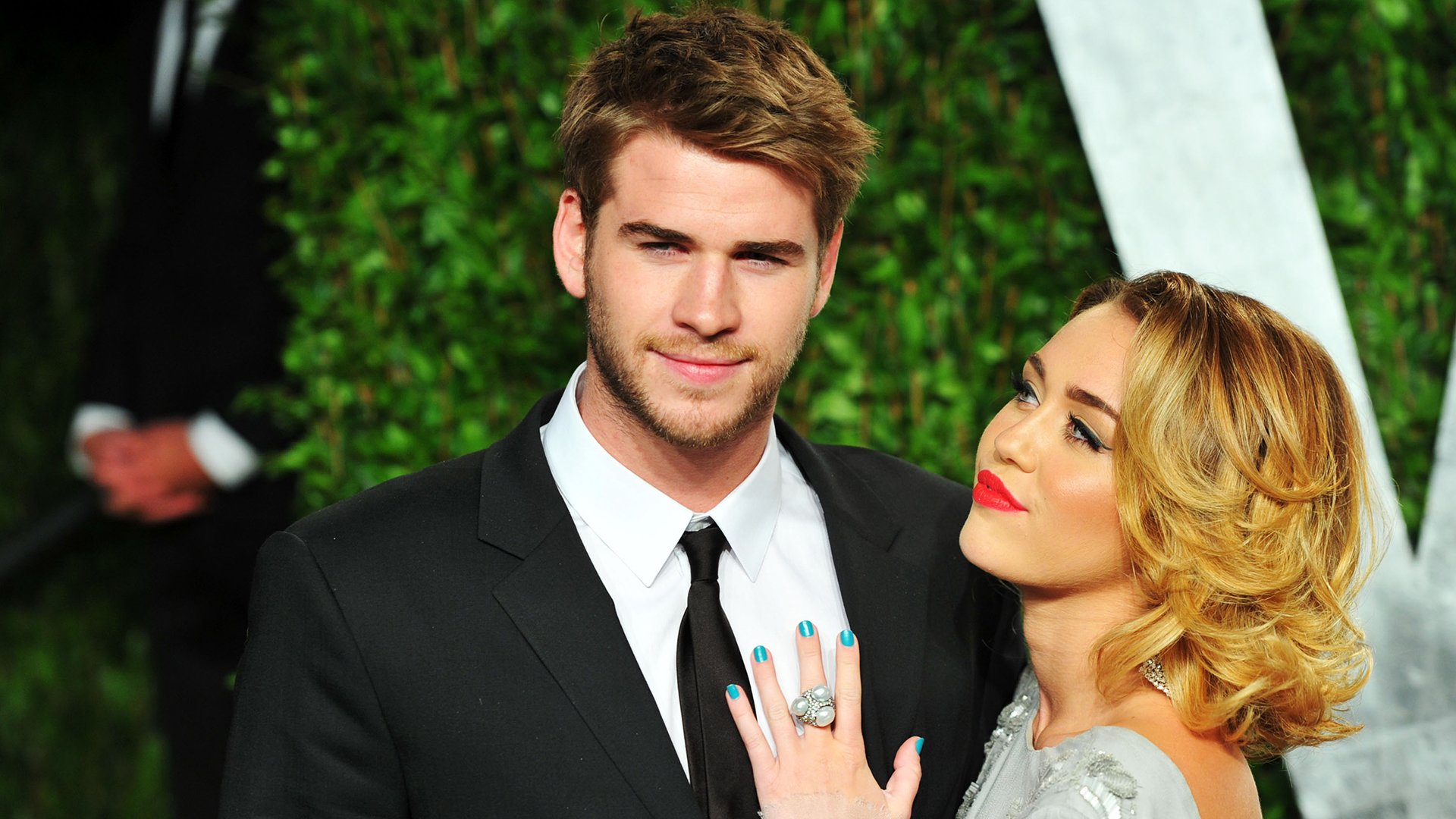 are miley cyrus and liam hemsworth having a baby