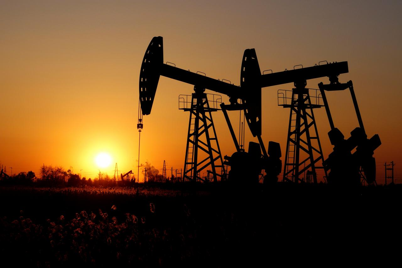 oil slips on near record us production demand fears