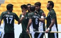 hockey no longer prevalent in pakistan says shahbaz senior