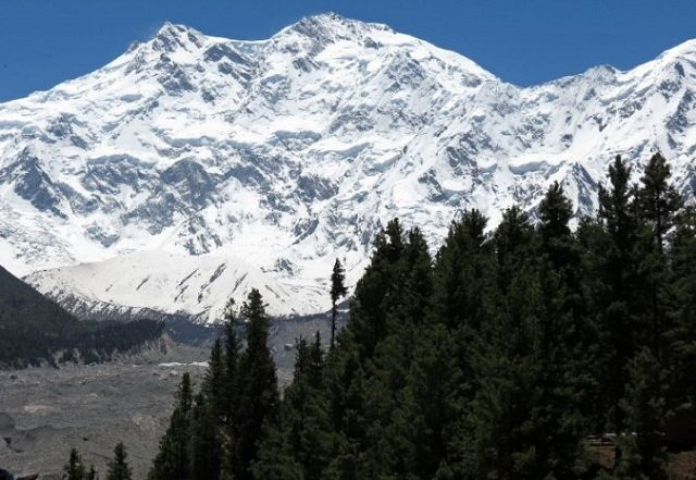 view of nanga parbat the ninth highest mountain in the world at 8 126 metres above sea level located in pakistan the hindu kush himalaya hkh range is described as the 039 water tower of asia 039 due to its glaciers and frozen ice reserves photo afp