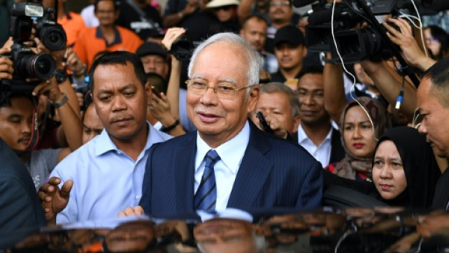 malaysia s najib in last ditch bid to delay trial