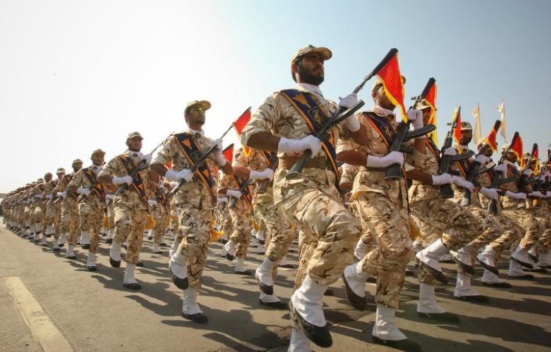 suicide bomber kills 27 members of iran s revolutionary guards