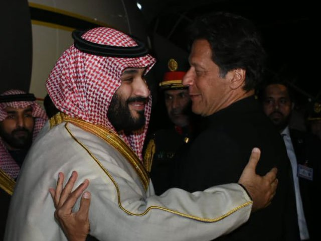 Prime Minister Imran Khan receives Saudi Crown Prince Mohammad bin Salman at the Nur Khan airbase in Rawalpindi on Sunday. PHOTO: PID