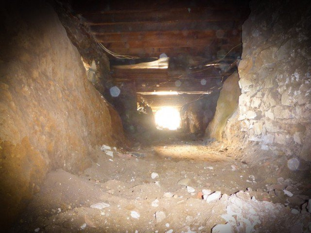 fake faith healer asked the house owner to dig out his house to discover hidden treasure photo express